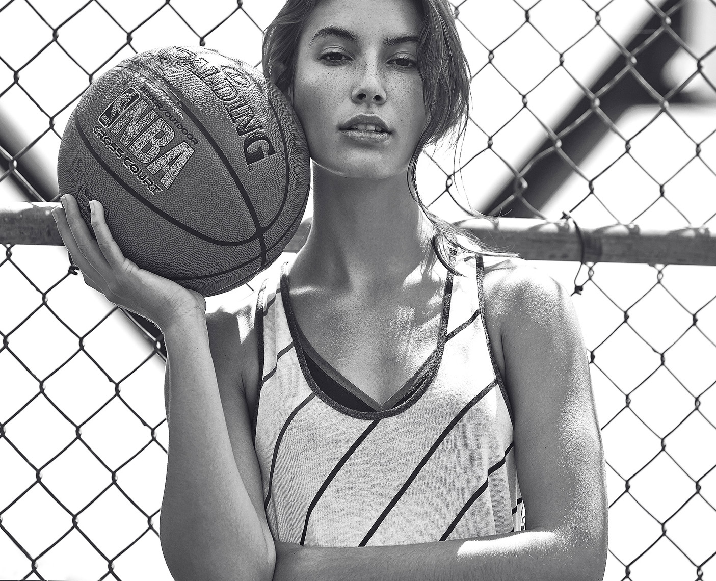SHAPE-Valen-Basketball-2145-B&W
